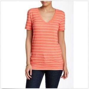Abound T-Shirt M Medium Casual V-Neck Short Sleeve